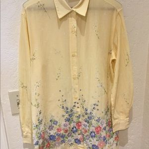 3 for $30 Sheer yellow floral tunic